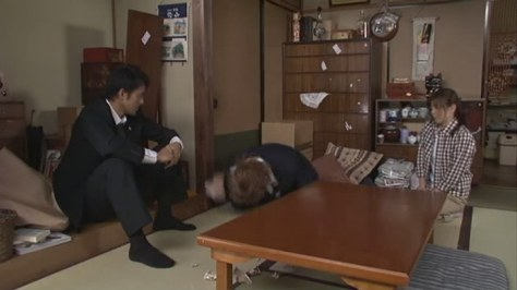 Dragonzakura - ep02 (704x396) [RAW].avi_snapshot_37.13_[2014.01.16_17.39.06]